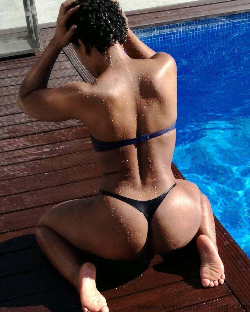 zodwa-wabantu-shows-naked-pictures-at-a-pool-in-mozambique